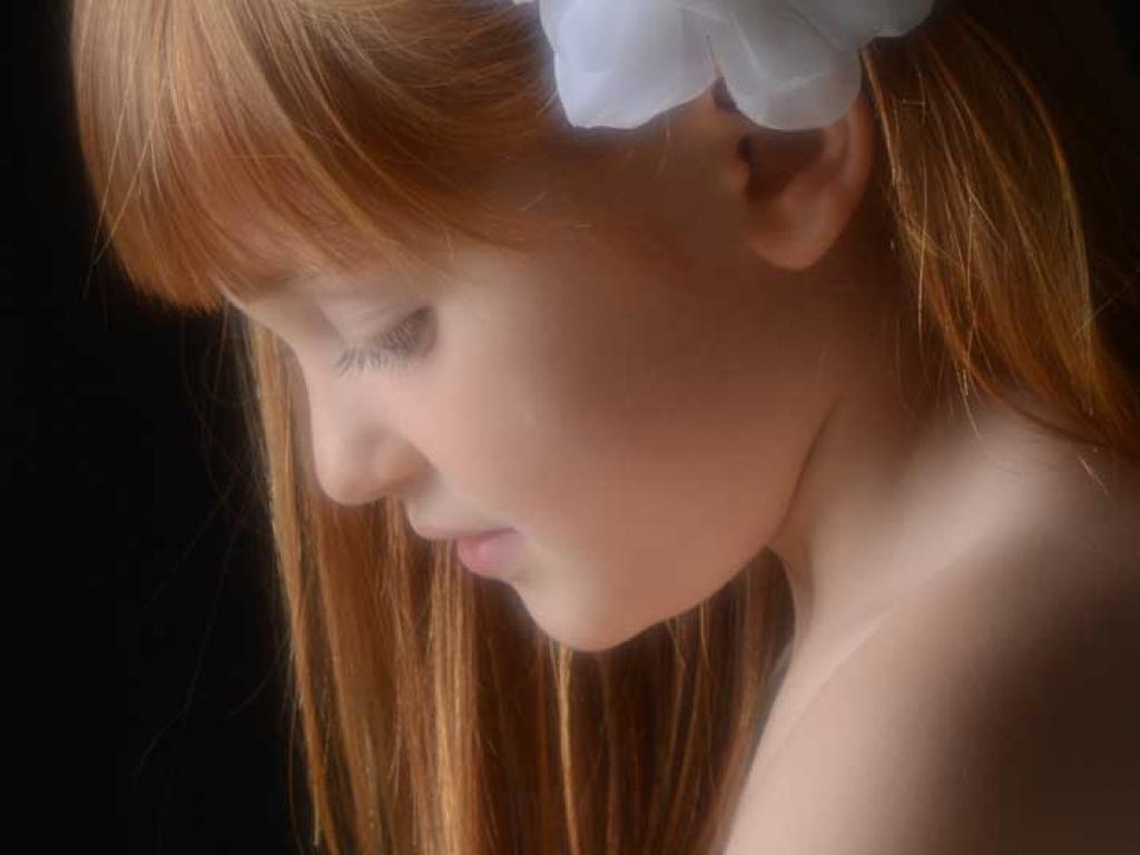bambina-rossa-assorta